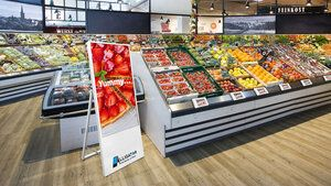 LInking electronic price labels and digital signage with artificial intelligence